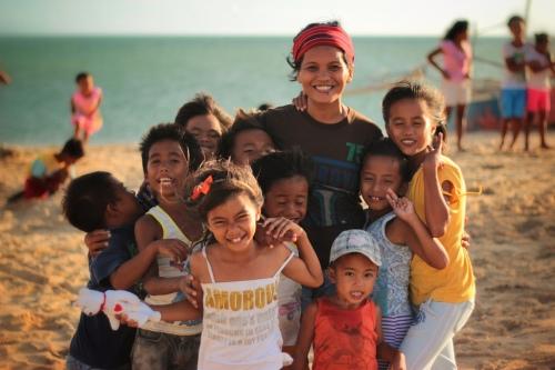 Malalison Island kids