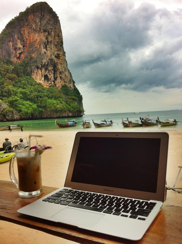 Remote_Office_photo